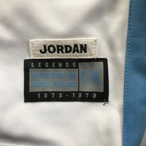 995b024feac820 Headmaster Campus Wear hardwood legends Shirts - Hardwood Legends UNC  23  Jordan Throwback Jersey